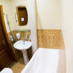 Гостиница Виктория в Иркутске 3 отзыва об отеле, цены и фото номеров - забронировать гостиницу Виктория онлайн Иркутск ванная фото 2