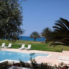 Natura Beach Hotel and Villas бассейн фото 3