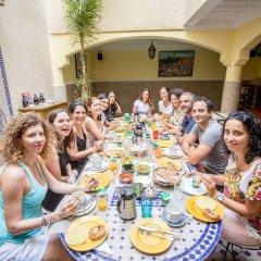 Отель Riad Atlas Toyours Марокко, Марракеш - отзывы, цены и фото номеров - забронировать отель Riad Atlas Toyours онлайн питание фото 3