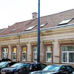 Отель Erlaa Pension Вена парковка