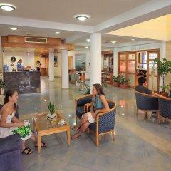 Okeanos Beach Hotel интерьер отеля