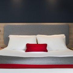 Отель Holiday Inn Express London - Dartford сейф в номере