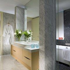 Отель Ascott Raffles Place Singapore ванная