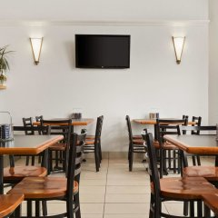 Отель Days Inn by Wyndham Trois-Rivieres питание фото 3
