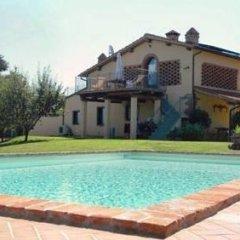 Отель Agriturismo Podere Luisa Италия, Монтеварчи - отзывы, цены и фото номеров - забронировать отель Agriturismo Podere Luisa онлайн бассейн