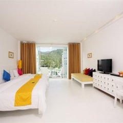 Отель The Old Phuket - Karon Beach Resort 4* Улучшенный номер с разными типами кроватей фото 4