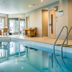 Bolton Hotel бассейн