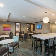Отель Residence Inn by Marriott Columbus Polaris гостиничный бар