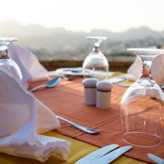 Отель Old Village Resort-Petra Иордания, Вади-Муса - отзывы, цены и фото номеров - забронировать отель Old Village Resort-Petra онлайн фитнесс-зал