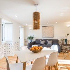 Апартаменты Alfama Cozy Two-Bedroom Apartment w/ River View - by LU Holidays в номере фото 2