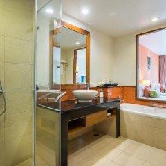 Отель Ravindra Beach Resort And Spa Таиланд, На Чом Тхиан - 6 отзывов об отеле, цены и фото номеров - забронировать отель Ravindra Beach Resort And Spa онлайн ванная фото 2