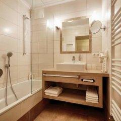 Отель Postwirt Австрия, Зёлль - отзывы, цены и фото номеров - забронировать отель Postwirt онлайн ванная