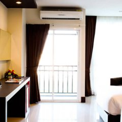 Отель Crystal Suites Suvarnabhumi Airport Бангкок удобства в номере
