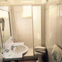 Отель Trieste Италия, Кьянчиано Терме - отзывы, цены и фото номеров - забронировать отель Trieste онлайн ванная