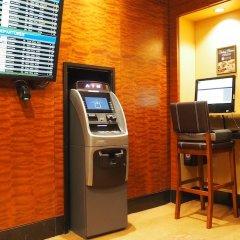 Отель Millennium Times Square New York США, Нью-Йорк - отзывы, цены и фото номеров - забронировать отель Millennium Times Square New York онлайн банкомат
