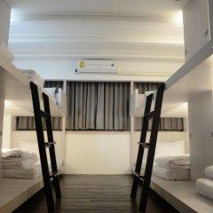3howw Hostel @ Sukhumvit 21 Бангкок интерьер отеля фото 3