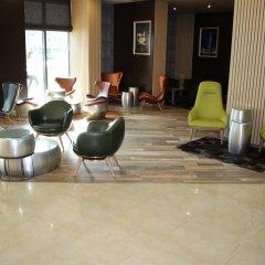 Отель Golden Tulip Varna Болгария, Варна - отзывы, цены и фото номеров - забронировать отель Golden Tulip Varna онлайн интерьер отеля