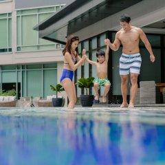 Отель Ascott Makati Филиппины, Макати - отзывы, цены и фото номеров - забронировать отель Ascott Makati онлайн бассейн фото 3