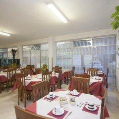 Отель Blue Sky Римини питание
