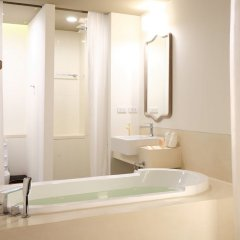 Отель Proud Phuket ванная