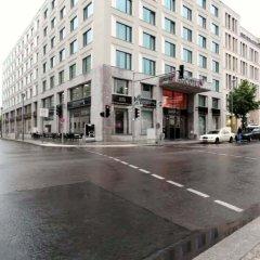 Отель ARCOTEL John F Berlin парковка