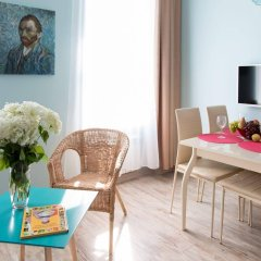 Апартаменты Гостевые комнаты и апартаменты Грифон комната для гостей фото 4