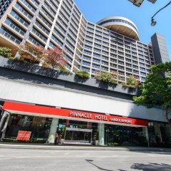 Отель Pinnacle Hotel Harbourfront Канада, Ванкувер - отзывы, цены и фото номеров - забронировать отель Pinnacle Hotel Harbourfront онлайн вид на фасад