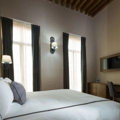 Отель Historico Central Мехико сейф в номере