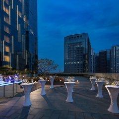 Отель DoubleTree by Hilton Hotel Xiamen - Wuyuan Bay Китай, Сямынь - отзывы, цены и фото номеров - забронировать отель DoubleTree by Hilton Hotel Xiamen - Wuyuan Bay онлайн помещение для мероприятий