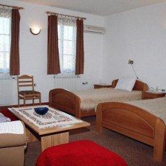 Отель Престиж Болгария, Велико Тырново - отзывы, цены и фото номеров - забронировать отель Престиж онлайн комната для гостей фото 3