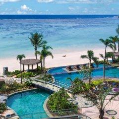 Отель Dusit Thani Guam Resort США, Тамунинг - 1 отзыв об отеле, цены и фото номеров - забронировать отель Dusit Thani Guam Resort онлайн пляж