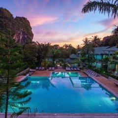 Отель Dream Valley Resort бассейн