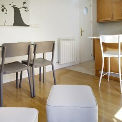 Апартаменты Moneo Apartment by FeelFree Rentals комната для гостей фото 5
