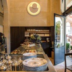 Отель Cour Des Vosges Париж питание