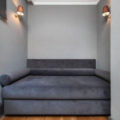 Апартаменты 3 Bedrooms Apartment w Sea View and Terrace Стамбул сейф в номере