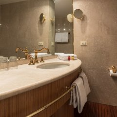 Отель OnRiver Hotels - MS Cezanne ванная фото 2