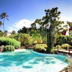 Отель Tahiti Ia Ora Beach Resort - Managed by Sofitel Французская Полинезия, Пунаауиа - отзывы, цены и фото номеров - забронировать отель Tahiti Ia Ora Beach Resort - Managed by Sofitel онлайн бассейн фото 2