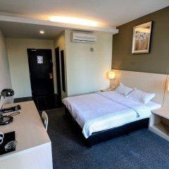 Отель Super 8 Hotel @ Georgetown Малайзия, Пенанг - отзывы, цены и фото номеров - забронировать отель Super 8 Hotel @ Georgetown онлайн сейф в номере