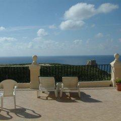 Отель San Antonio Guesthouse Мальта, Мунксар - отзывы, цены и фото номеров - забронировать отель San Antonio Guesthouse онлайн пляж