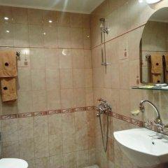 Отель Family Hotel Silvestar Болгария, Велико Тырново - отзывы, цены и фото номеров - забронировать отель Family Hotel Silvestar онлайн ванная
