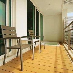 Отель Reflection Jomtien Beach Condo By Dome Паттайя балкон