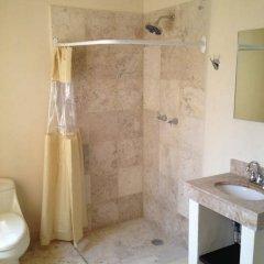 Отель Hostal La Casa del Tekolote Мексика, Мехико - отзывы, цены и фото номеров - забронировать отель Hostal La Casa del Tekolote онлайн ванная фото 2