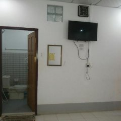 Отель Naung Yoe Motel удобства в номере
