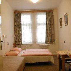 Отель Church Pension Praha - Husuv Dum комната для гостей фото 4