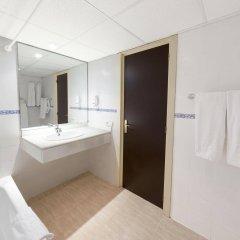 Отель Apartamentos Roc Portonova ванная фото 2