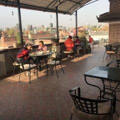 Отель Timila Непал, Лалитпур - отзывы, цены и фото номеров - забронировать отель Timila онлайн гостиничный бар