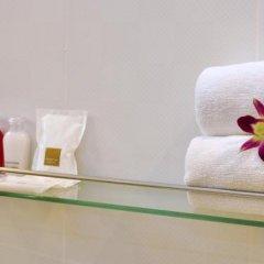 Отель OYO 345 The Click Guesthouse at Chalong Таиланд, Бухта Чалонг - отзывы, цены и фото номеров - забронировать отель OYO 345 The Click Guesthouse at Chalong онлайн ванная