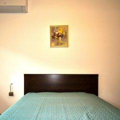 Апартаменты Travellino Serviced Apartments сейф в номере