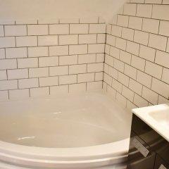 Отель Spacious Maisonette Near Preston Park Брайтон ванная