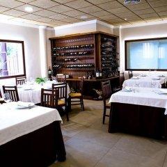Отель Restaurante Villa Ceutí Испания, Ориуэла - отзывы, цены и фото номеров - забронировать отель Restaurante Villa Ceutí онлайн питание